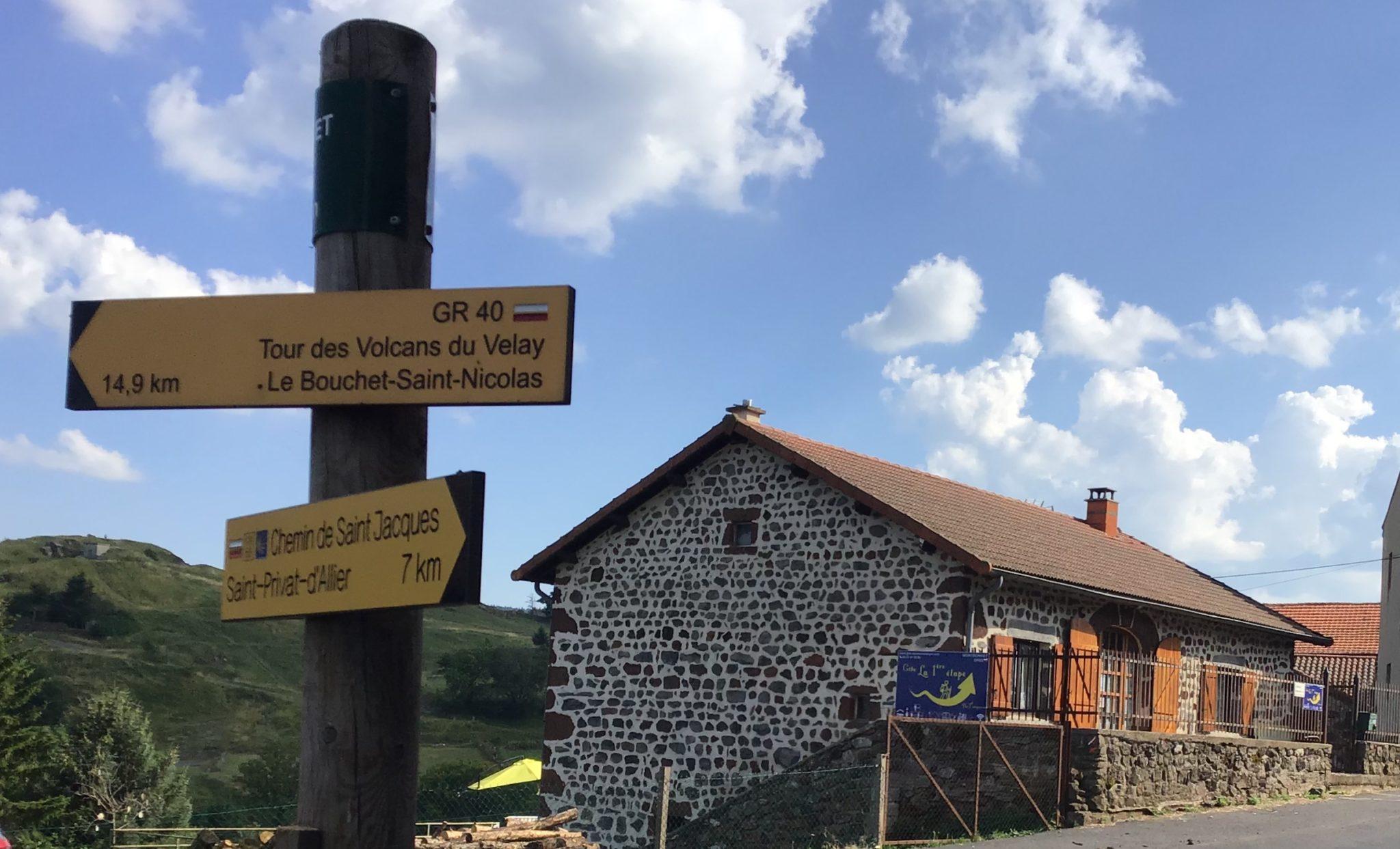 à 17 km du Puy